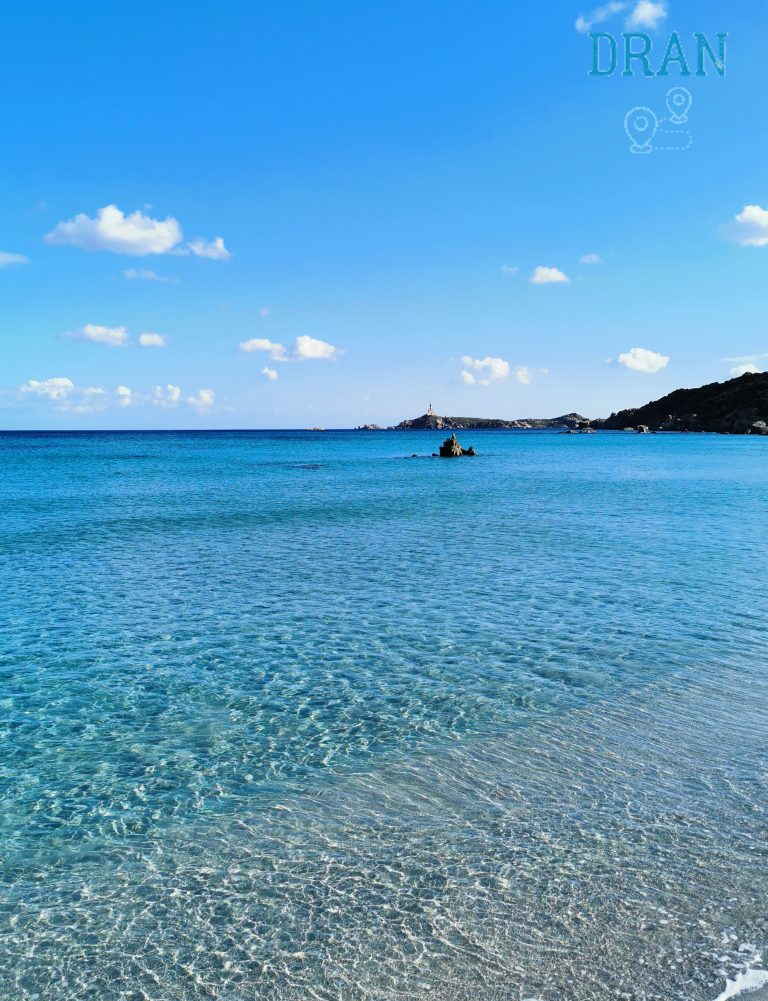 cosa vedere a villasimus il mare cristallino e le spiagge